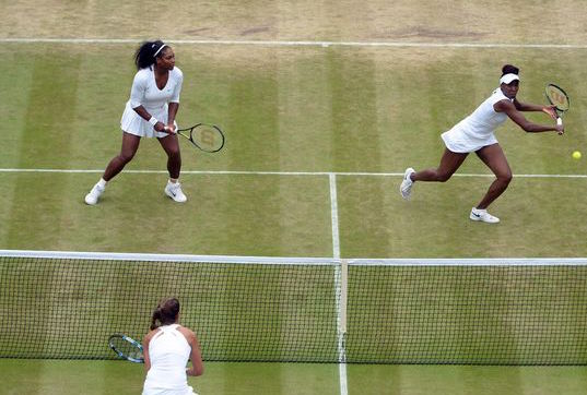 Venus stretches in the tussle with Goerges and Pliskova in the Wimbledon Semi Final